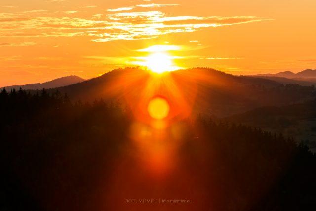 Góry, wieczór, zachód słonca