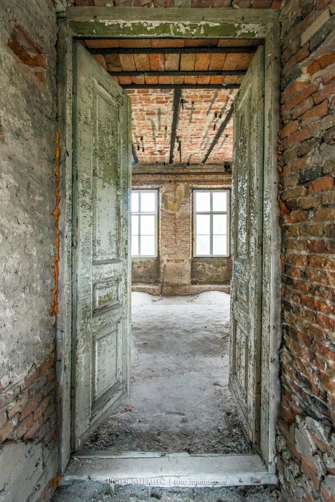 wnętrze pałacu Szczekociny