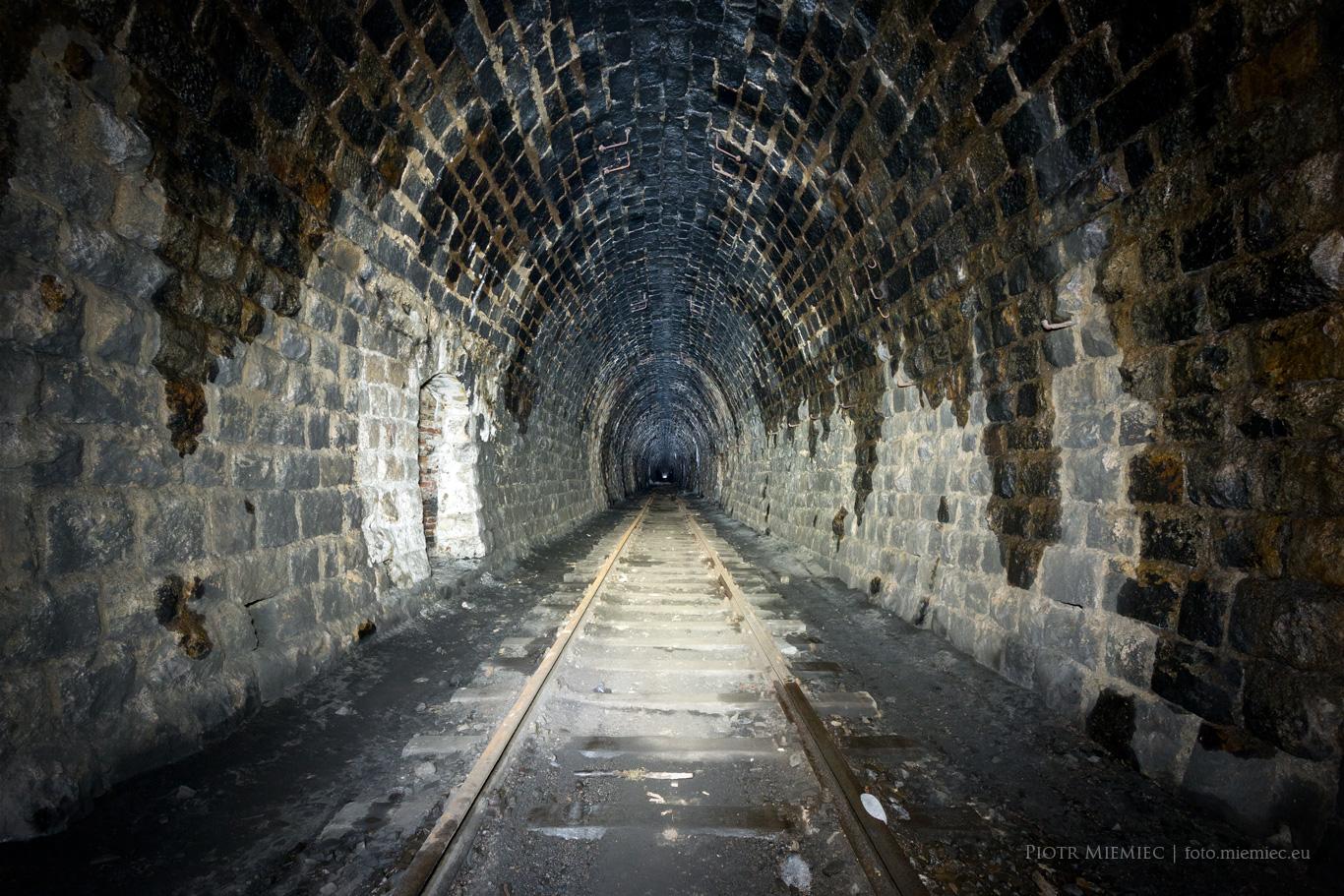 Tunel kolejowy Kowary