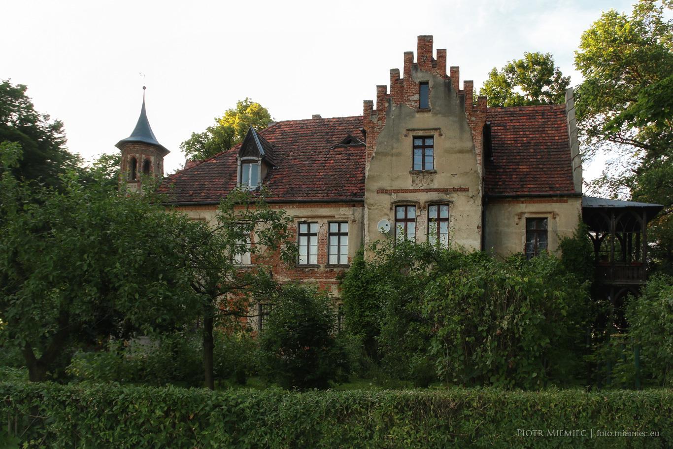 Pałac w Stanicy
