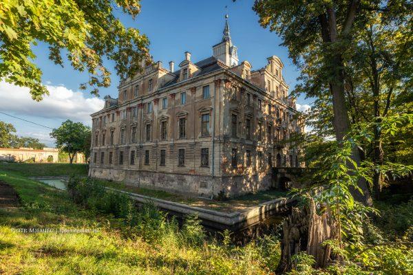 Pałac w Roztoce