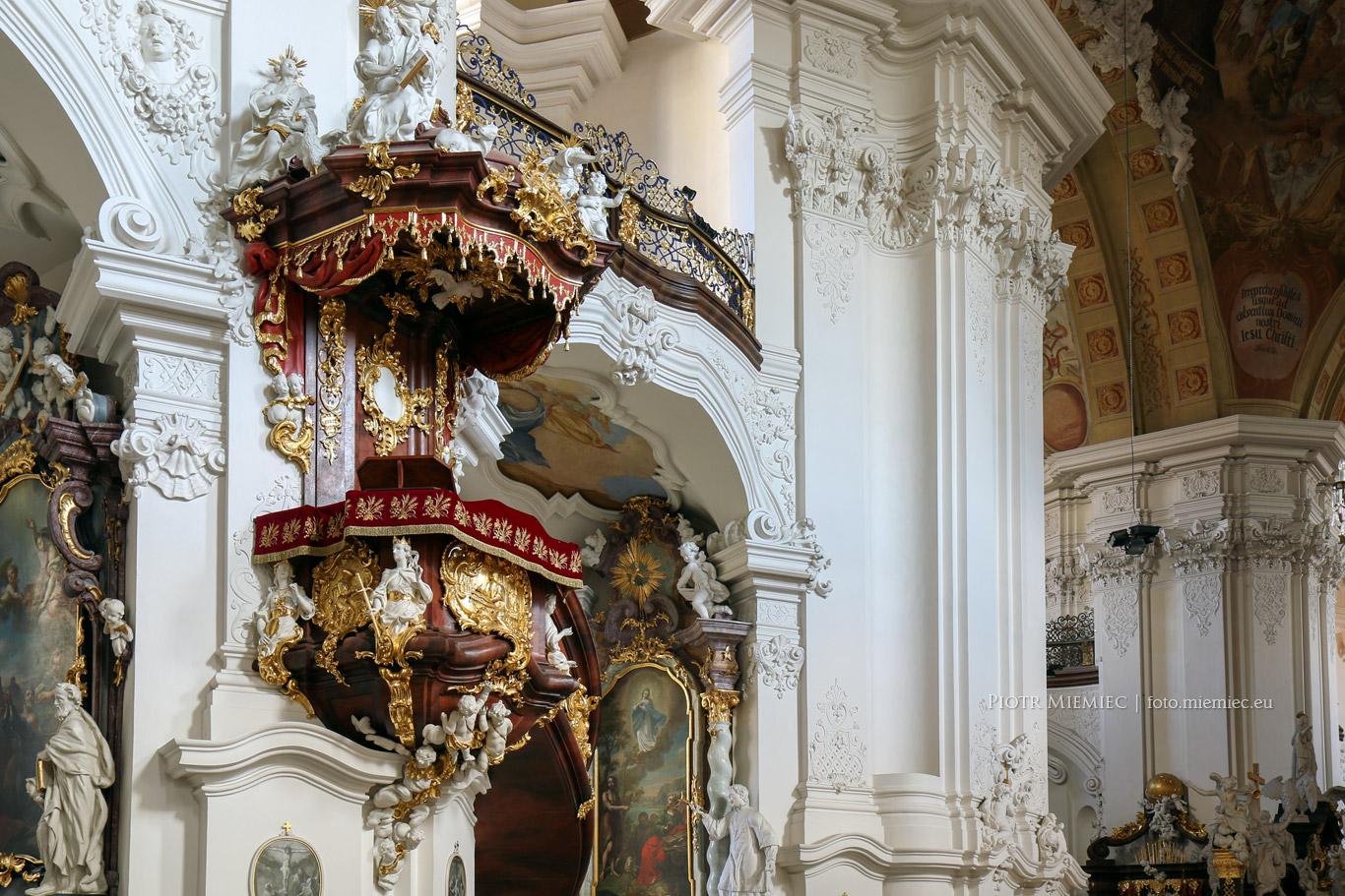 Bazylika w Krzeszowie