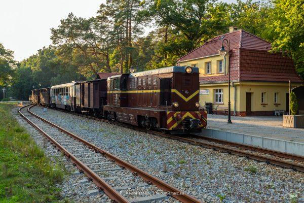 Stacja kolei wąskotorowej w Pogorzelicy