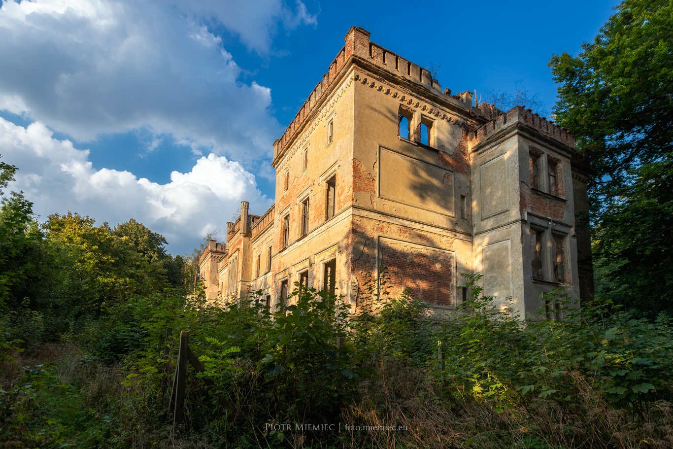 Pałac w Otoku